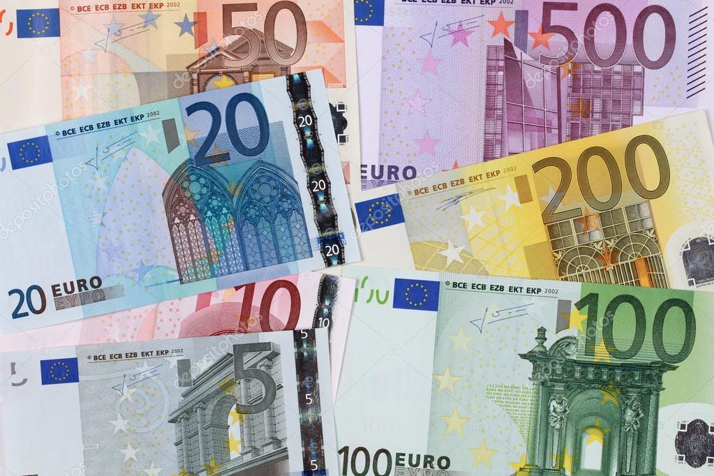 Des coupures d'euro de diverses valeurs